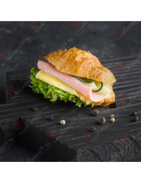 Сэндвич-круассан с ветчиной и сыром