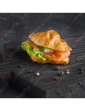 Сэндвич-круассан с семгой